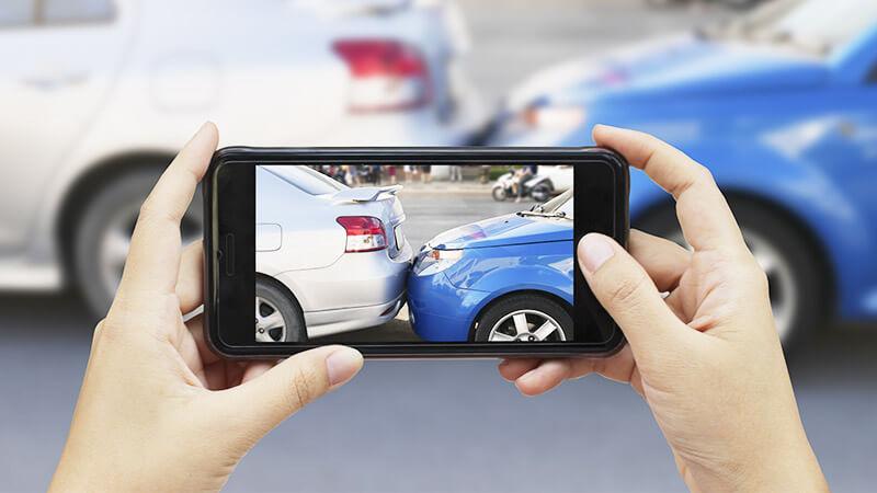 カリフォルニアで自動車事故に遭われた時の手順